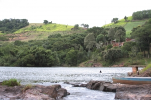 river-scene-2-1413837-m